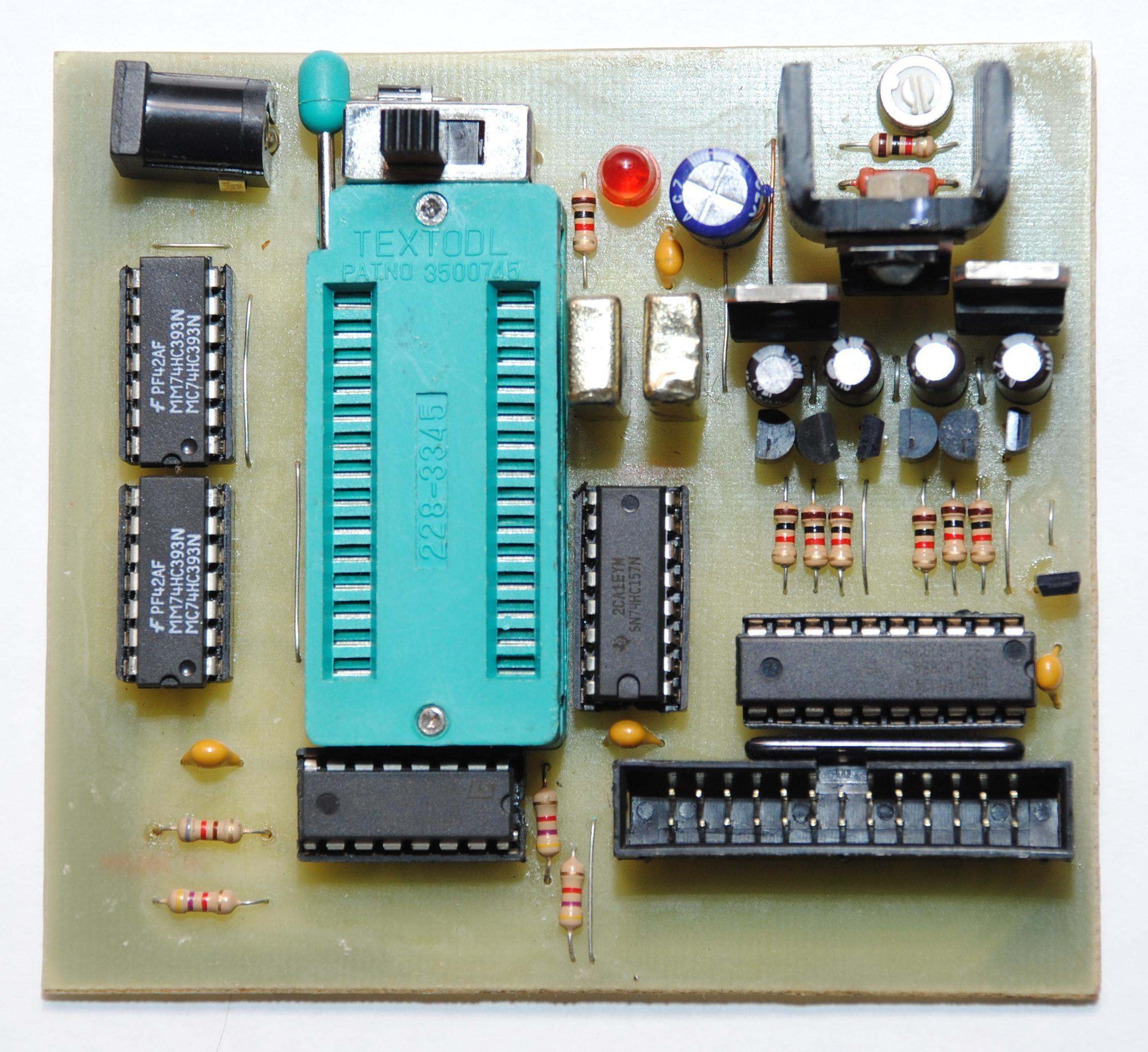 Программатор для микросхем своими руками
